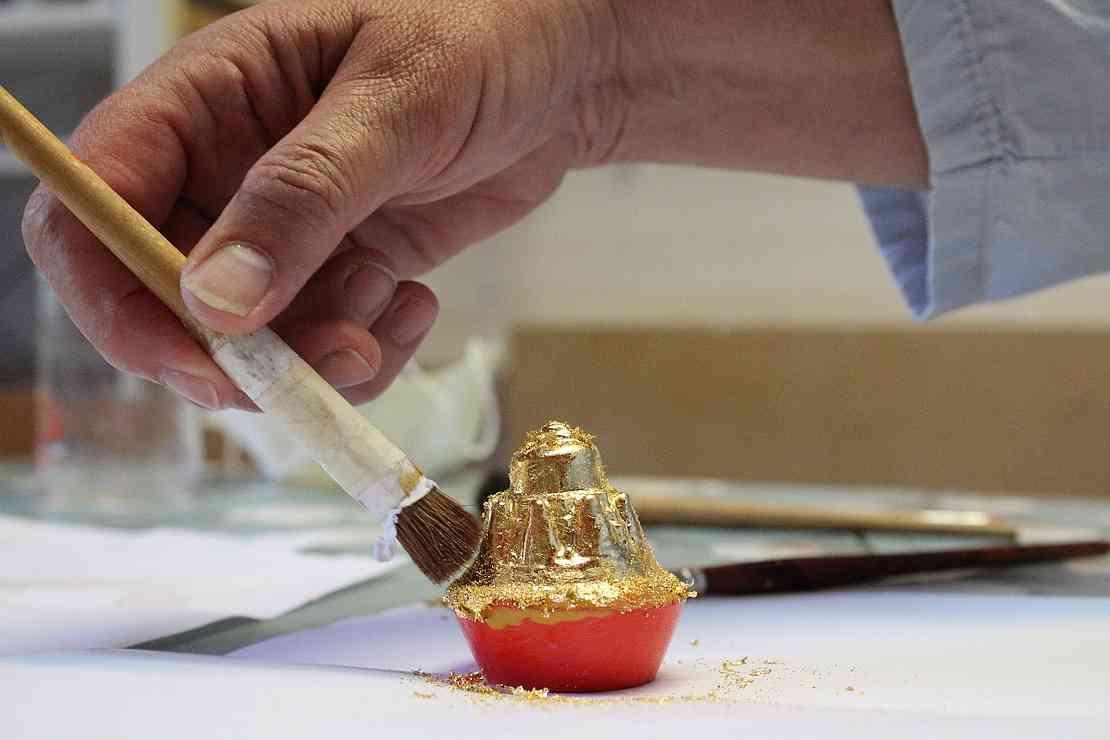 Inner Gold Tsatsa-project - Help mee tsatsa's maken als vrijwilliger bij de Sacred Art Studio van Nyingma Centrum Nederland